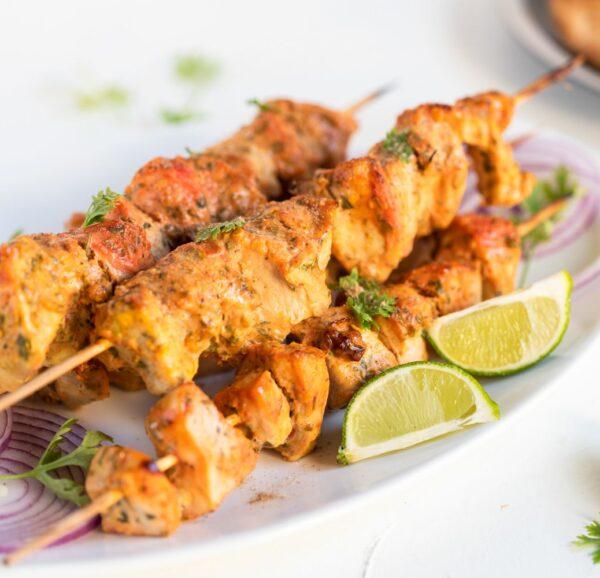 Brochette de poulet tikka à l'indienne