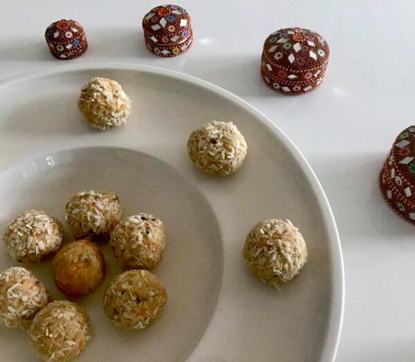 Truffes ''Épices Route de la Soie'', façon gâteau aux carottes de ''Les Gâteries de Lucie''